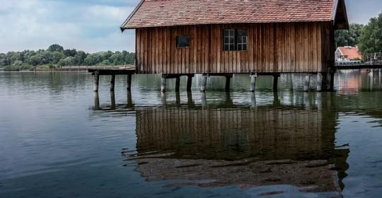 Avantajele propuse de o casa confectionata integral din lemn
