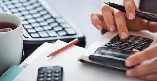 Banca versus creditorii nebancari: care este cea mai buna optiune?