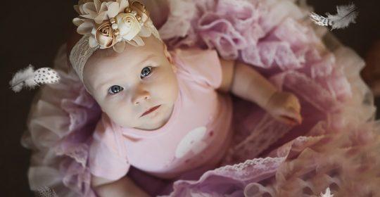 Cum arata garderoba bebelusului in primele luni de viata?