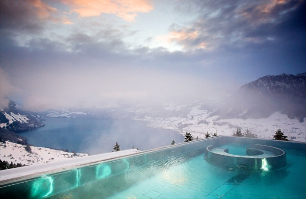 piscina iarna
